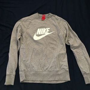 Nike men's sweatshirt